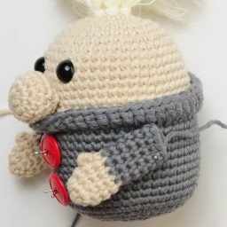 Crochet Gustav the Gnome for Christmas using this FREE amigurumi pattern! Easy/intermediate free crochet pattern, and he's so cute, with or without his hat! | Nea Creates